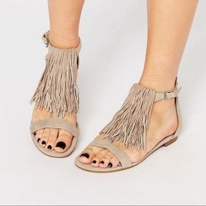 Kendall + Kylie Tessa Suede Nude Fringe Sandals 10